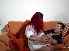 Redhead vokietijos Slaugytoja suvilioti sunku fuck Namuose Aplankyti