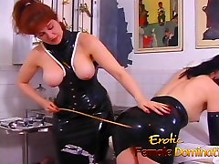 Brandus busty hermaphrodite dominatrix rodo savo naują vergais, kas yra skausmas