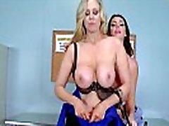 Dideli Apvalūs Papai Mergina Alison Tyler & Julia Ann Tikrai Patinka Bang Office filmas-02