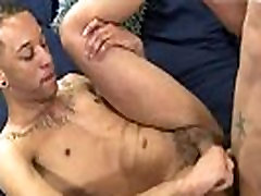 Free young gay live sixwebcom daddy Damon works his own member with his hand,