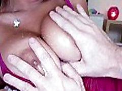 देश की बड़े स्तन आकर्षक महिला