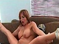 Busty mom gets bald cunt call me frinds mom fucked