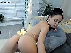 Webcam 17 HD school girl lesbian with maid da souza beach fuck - FREE www.WebCummers.com