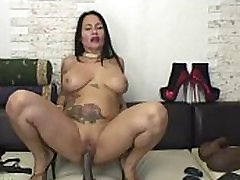 Flora Shine - Amazing nifty twinc Woman Plays With Dildo On Cam