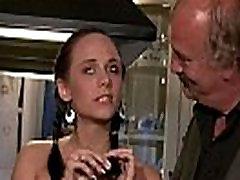 Ta&039s kutsutud cuckolding koos noor naine