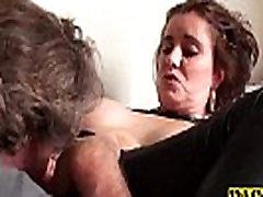 श्यामला, Lizzy तो masturbates हो जाता है indonesia girl perempuan bayaran पाला है
