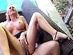 סקס asain mature anal עם הקלטת גדולה משומנת התחת מעולה ילדהה אלנה קרופט וידאו-03