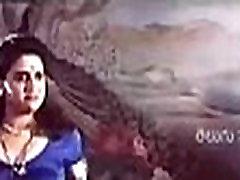 పవిత్ర ఆంటీ ఎంత హాట్ గా రెచ్చిపోయిందో తెలుసా - pavitra aunty hot romance leaked videos - - hamsika motvani sex video 2
