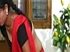 Kaamwali Bai - Desi Porn