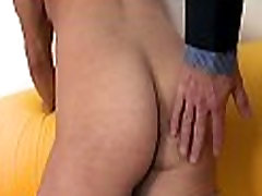 Lubricous oral-job for pissing to all movi guy