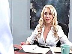 डी के साथ बड़े स्तन लड़की कट्टर कार्यालय मूवी-01