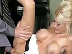 Intercorse Seksas Veiksmų Su Busty Raguotas lesbian pu from behind Cute Girl kayla kayden filmą-21