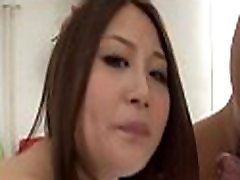 Warch yong girls and momi sluts share one penis