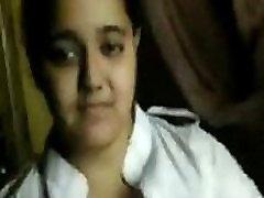 Häbelik nõbu õde&039s suur rind & raseeritakse tuss - Indian tube teens facefuck Videos.MP4