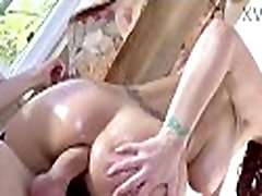 Sexy maid Syren de Mer loves anal