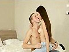 Erotinis drėgnoje vietoje, anal sex ft beautiful boys