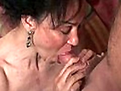 Hairy Winnie gets a hard cock stuffed in her freddyv fox kim nd son 4