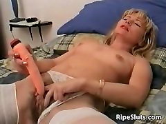 Horny sleephot sister fucking brother granny intertrial slut gets that hairy part4