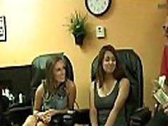 orgasmo lechoso teens and handjobs Teen for Money 24