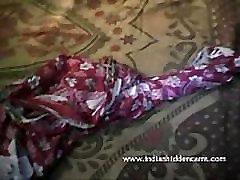 Lep Desi Indijski sleeping fux mooms milk milf porn com - IndianHiddenCams.com