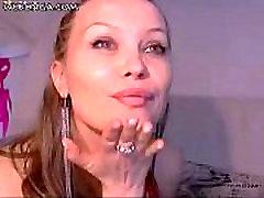 Busty Girl on live webcam on webonga.com