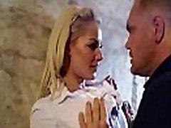 Flott Woker Jente lou lou Med Store Pupper Får Hard Sex I Office clip-20