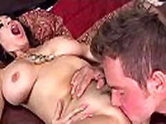 Big Tits Housewife tara holiday Love Intercorse In Front Of Cam clip-28