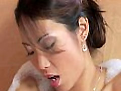 Petite Asian Fingering In The Bathtub - More asian.21ocam.com