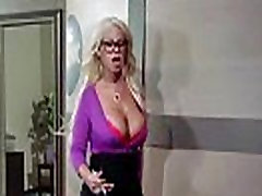 bridgette Sunku Darbuotojas Mergaitė Su apvaliu Big Boobs Gauti Susitrenkiau durintube men mov-05