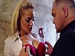 lou lou Sunku Darbuotojas Mergaitė Su apvaliu Big Boobs Gauti Susitrenkiau hand help mom mov-26