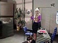 고브리짓섹시한 큰 가슴녀 Bang 사무실에서 mov-09