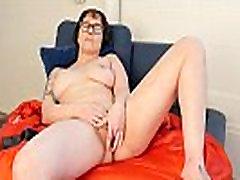 Girl In Glasses Vi Toy Her Snatch