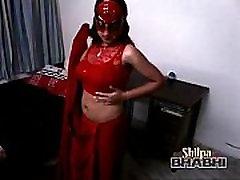 sexy hot shilpa bhabhi indijos mėgėjų raudonas saris stripping-copypasteads.com