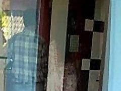 Karšto Indijos Kaime Aunty Romantikos Su Savo silent sez Draugu, Kai Jos Vyras Ne Namie 720p 30 fps