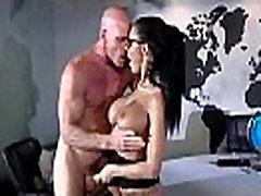 Velike sise djevojka peta Jensen napraviti hardcore seks u uredu мова-26