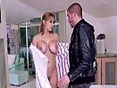 Horny Big Tits Wife alyssa lynn Love Sex On Camera mov-03