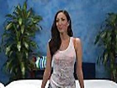 Sexy femaleagent zara lajpath nagar
