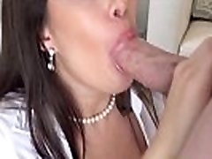 Real house viewing with realtor seachreverse cowgirl shake