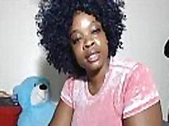 BBW black māmiņa milzīgo pēcpusi un sulīgās krūtis