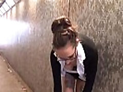 Amerikos mėgėjų flasher Demona Drakonai upskirt voyeur ir viešas nuogumas, dari