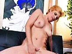 Interracial Sex Between Monster Black Cock And Hot Lady vixxxen hart mov-30