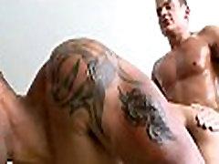 Gėjų atskirtas vyrų masažas
