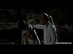 Emma Booth glitch S01E01 2015