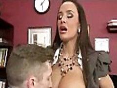 सेक्स के साथ फूहड़ कार्यकर्ता बड़े स्तन कार्यालय लड़की लिसा क्लिप-26