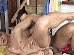 Homosexual males massages