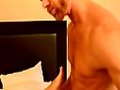Chubby cinta pron free sex videos Of course, when his chief Casey interrupts