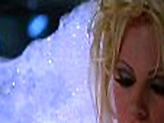 Pamela Anderson v Barb Wire 1996 - 2