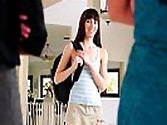 Indija Vasara, Hannah Hartman ir Nikki Daniels ne Mama&039s Mergina