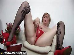 Horny fesser alberto woman is pleasuring part1