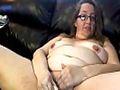 Dirty talking seductive plumper Sara